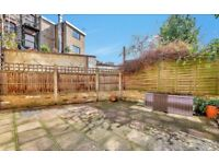 CHARISMATIC TWO BEDROOM HOUSE WITH PRIVATE COURTYARD - AVAILABLE IMMEDIATELY - IN POPULAR HIGHBURY!