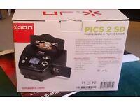 Photo, slide and film scanner