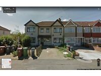 BEAUTIFUL 2 BED PURPOSE BUILT GROUND FLOOR FLAT READY TO MOVE IN DAGENHAM, GOOD PART/DSS WELCOME