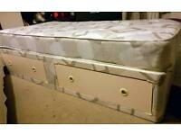 Single bed with drawers, bargain price for quick sale!