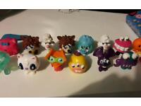 *25 moshi monster collectables*
