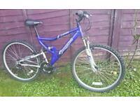 """Shockwave xt700 26"""" mountain bike ideal uni commuter"""