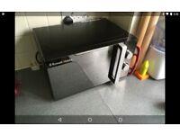 Rusell Hobbs 20 Litre Black Manual Microwave RHM2061B