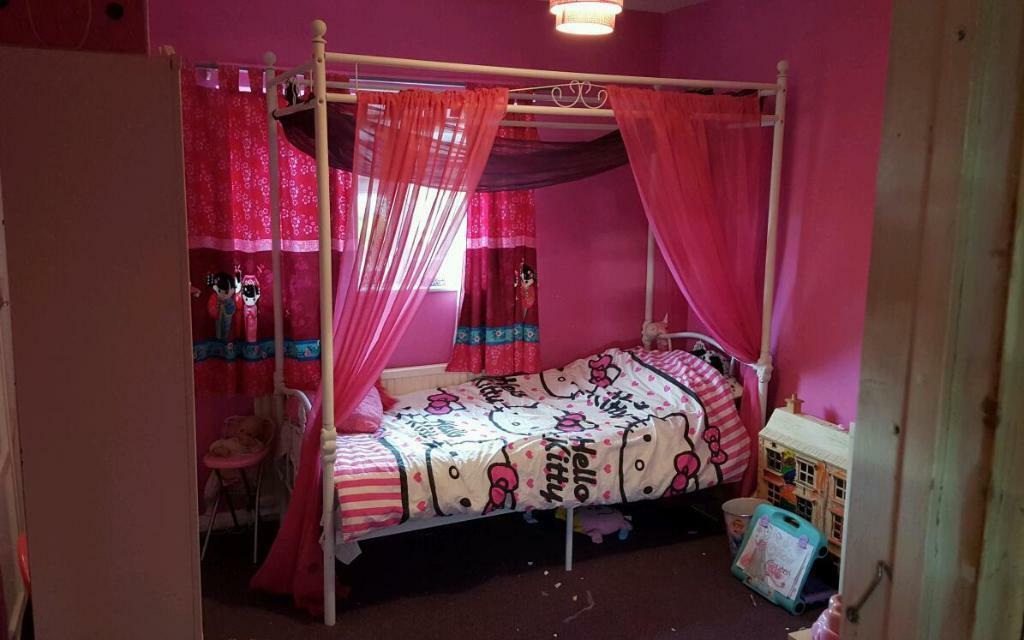 Single Four Poster Princess Bed Buy Sale And Trade Ads