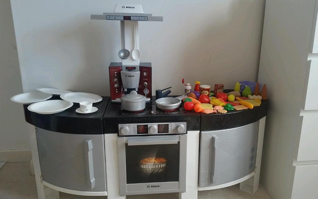 Kids Play Bosch Kitchen Rrp £89.99