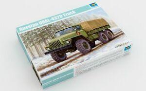 Trumpeter 1/35 01012 Russian URAL-4320 Truck