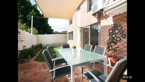 MODERN SCARBOROUGH TOWNHOUSE IN GREAT LOCATION! Scarborough Stirling Area Preview