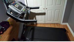 Treadmill healthrider h70t