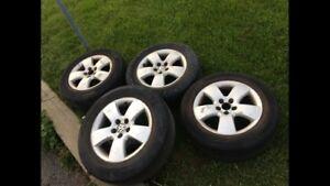 VW Jetta Golf , mags , pneus.