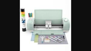 Wanted cricut with accessories