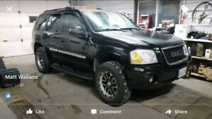 """2003 gmc envoy. Super clean 4x4 with 3 """" lift fully loaded"""