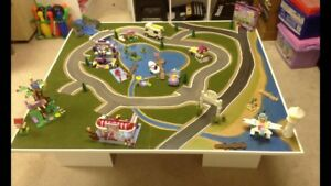 Heartlake City LEGO Table and Many Sets of LEGO Friends