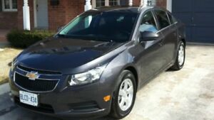 Super clean 2011 Chevy Cruze LT