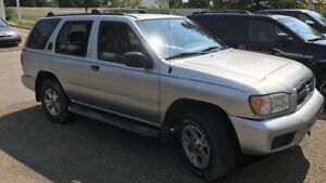2002 Nissan Pathfinder for parts