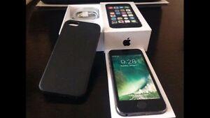 Black iPhone 5S 16GB Locked to Telus/Koodo - warranty