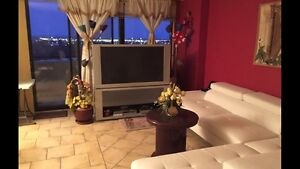Room For Female a Beautiful  4 1/2 - All Inclusive LAVAL