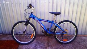 Mongoose mountain bike Clearview Port Adelaide Area Preview