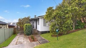 Bedroom for rent in Swansea, share with young couple Swansea Lake Macquarie Area Preview