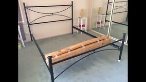 Free queen bed frame St Helens Park Campbelltown Area Preview