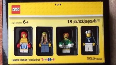 LIMITED EDITION - Lego 5004941 Exclusive Toys R Us Minifigure Pack