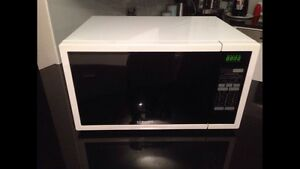 Samsung microwave Epping Ryde Area Preview