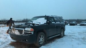 Parting out 2003 GMC Denali Tahoe