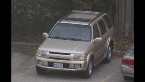 2001 ININITI QX4 SUV, 4x4. $2,500 obo