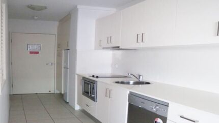 One bedroom apartment, two weeks' rent and Internet free