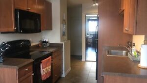 ROOM FOR RENT $700 downtown