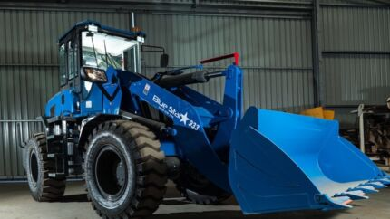 Loaders Bluestar 933- Deutz Engine 125HP- 3T Lift- 4WD-Best Value
