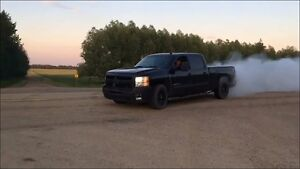 2009 Duramax 2500 HD must sell !! OBO