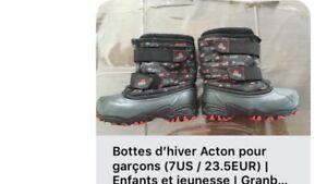 Bottes Acton pour garçon (7US / 23.5 EUR)