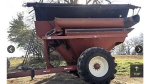 PARKER 710 GRAIN BUGGY WITH TARP AND SCALE