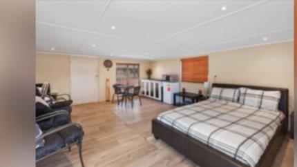 5br house for sale plus retreat ++++