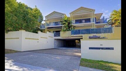 BREAK LEASE in East Brisbane  $360