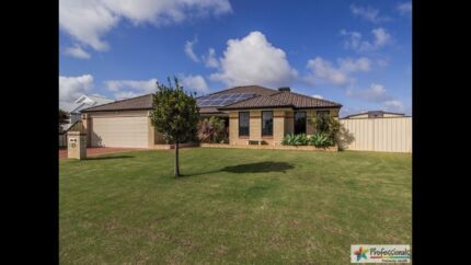 Big family home with lots of extras Port Kennedy Rockingham Area Preview