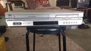 JVC VCR/DVD Combo
