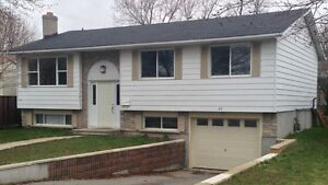 Big 5 Bedroom House for Rent Students at SLC