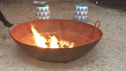 Giant Fire Pit Hoppers Crossing Wyndham Area Preview