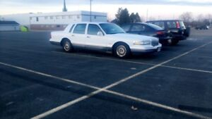 95 Lincoln town car signature series