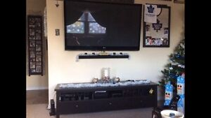 3 drawer tv stand nothing wrong with it London Ontario image 3