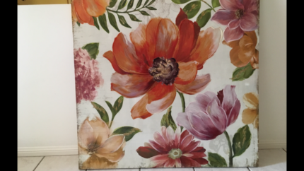 wall art....poppies on canvas.....this is a nice one