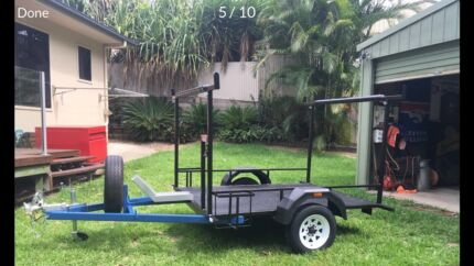New 7x5 trailer with brakes comes with 2.8 m tinny