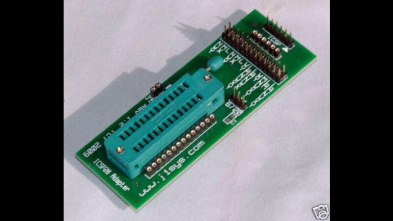 ZIF 28-pin Universal IC Socket Green