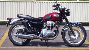 Kawasaki w400 cafe racer Elwood Port Phillip Preview