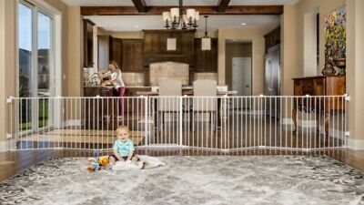NIB Regalo 192-Inch Super Wide Adjustable Baby Gate and Play Yard, 4-In-1