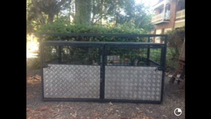 Ute dog cage  Newcastle 2300 Newcastle Area Preview
