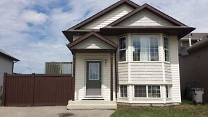 Reduced. 3 bed, 2 bath house for rent (CSS)