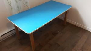 Petite table pour enfants