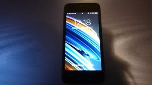 *WANT GONE* iPhone 5 16GBs Black on Rogers 9/10
